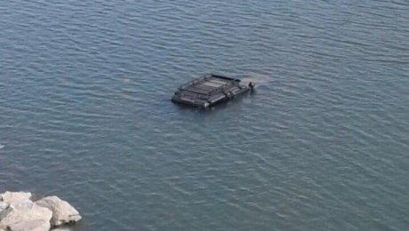 Под Красноярском джип с 2-мя нетрезвыми пассажирами иводителем утонула вЕнисее
