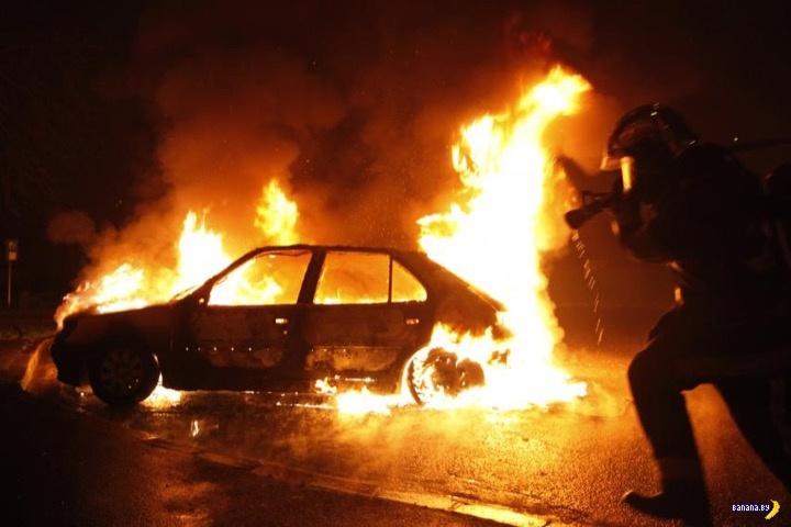 ВКанске мужчина поджег машину своей бывшей супруги