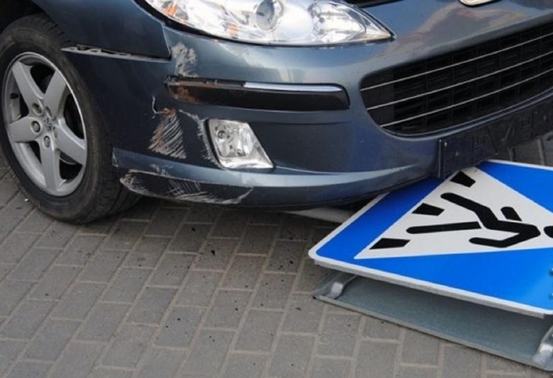 Наперекрёстке вОктябрьском районе шофёр сбил пешехода