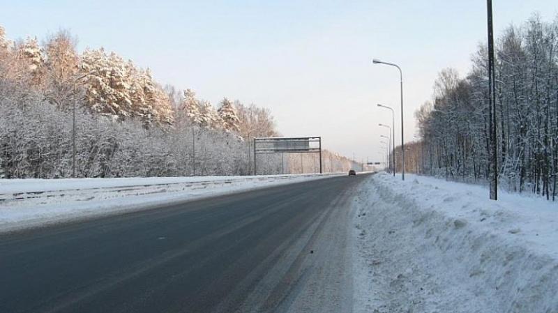 ВКрасноярском крае из-за снега перекрыли два участка дороги