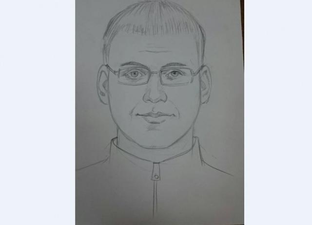 Неизвестный мужчина изнасиловал девочку вподъезде Красноярска
