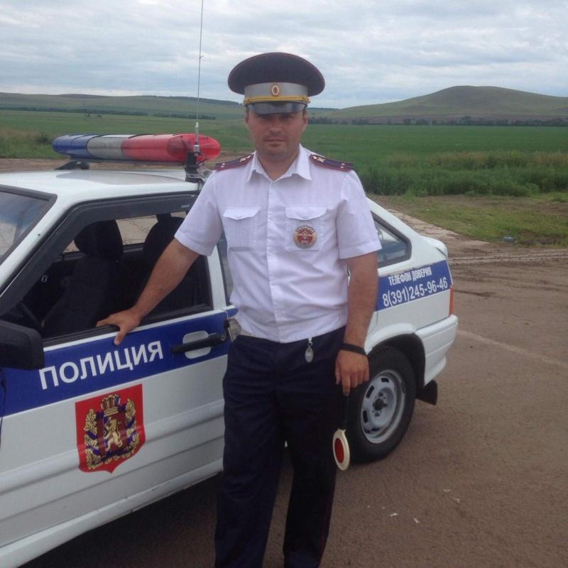 Сибирского полицейского наказали завеселье насовещании