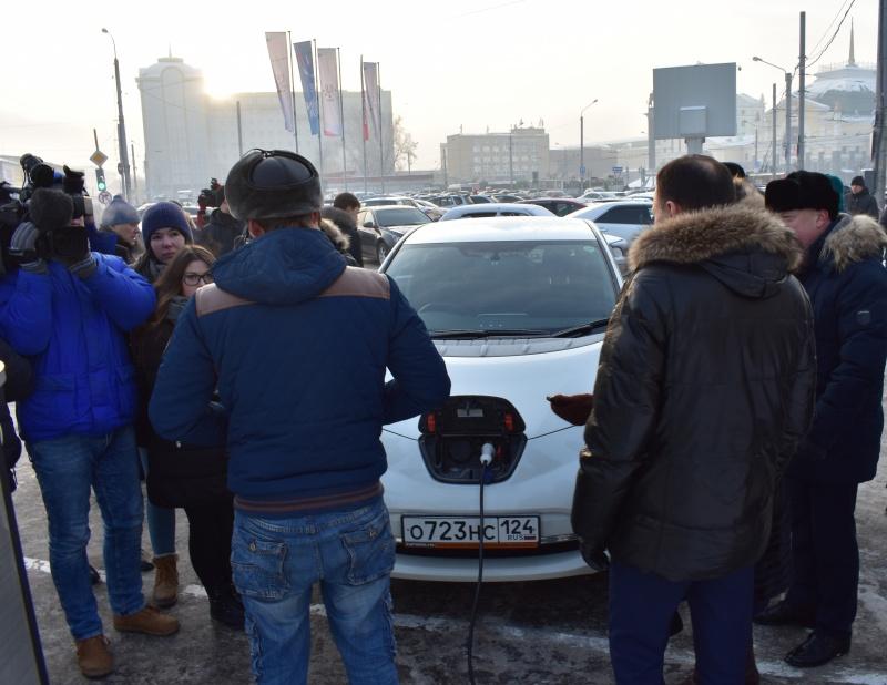 МРСК Сибири открыла вКрасноярске первую электрозаправку