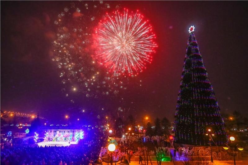 ВКрасноярске открывается главная новогодняя елка
