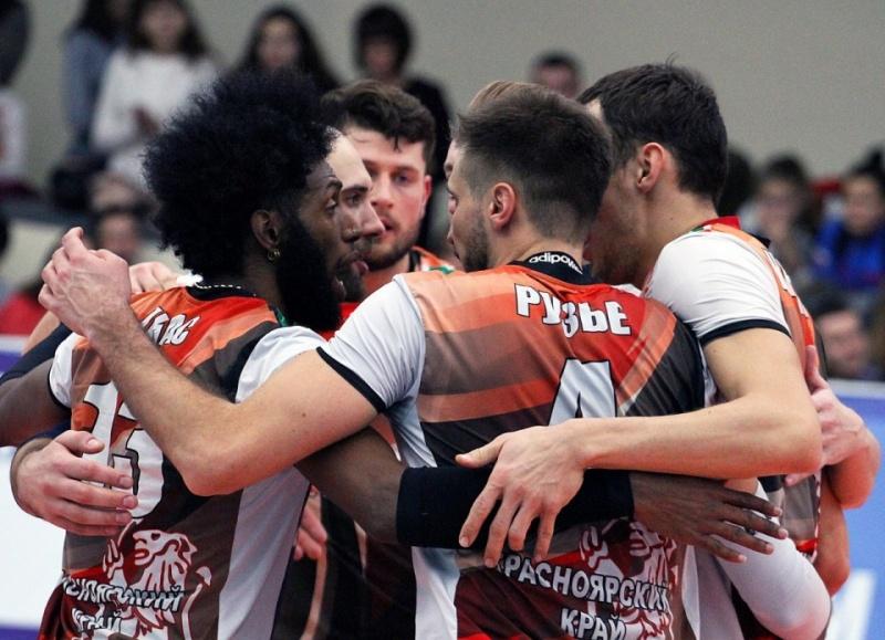 Волейболисты «Енисея» прервали череду поражений в чемпионате страны