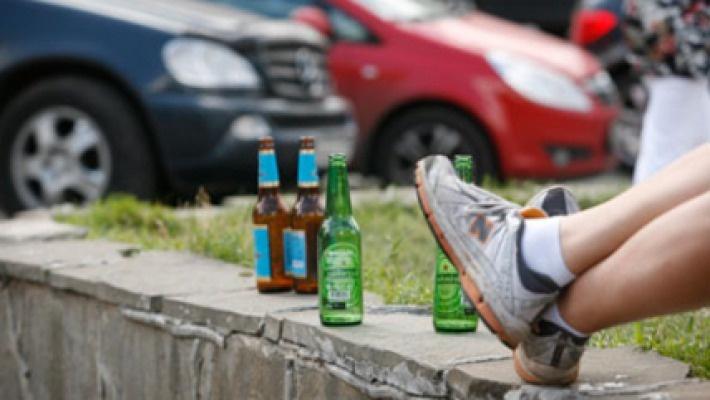 ВКрасноярске кондуктор получила штраф полмиллиона зараспитие алкоголя в социальных местах