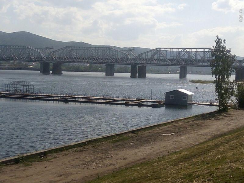 ВКрасноярске около рыбного хозяйства утонула девушка