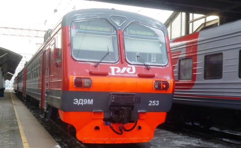 Петербургские льготники смогут ездить впригородных поездах соскидкой 90%