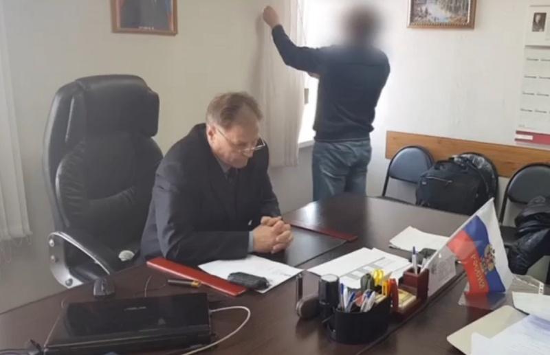 ВКрасноярском крае схвачен управляющий КГБУ «Рыбинское лесничество»