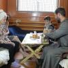 В Ачинске к правонарушителям спецприёмника священник пришёл с конфетами